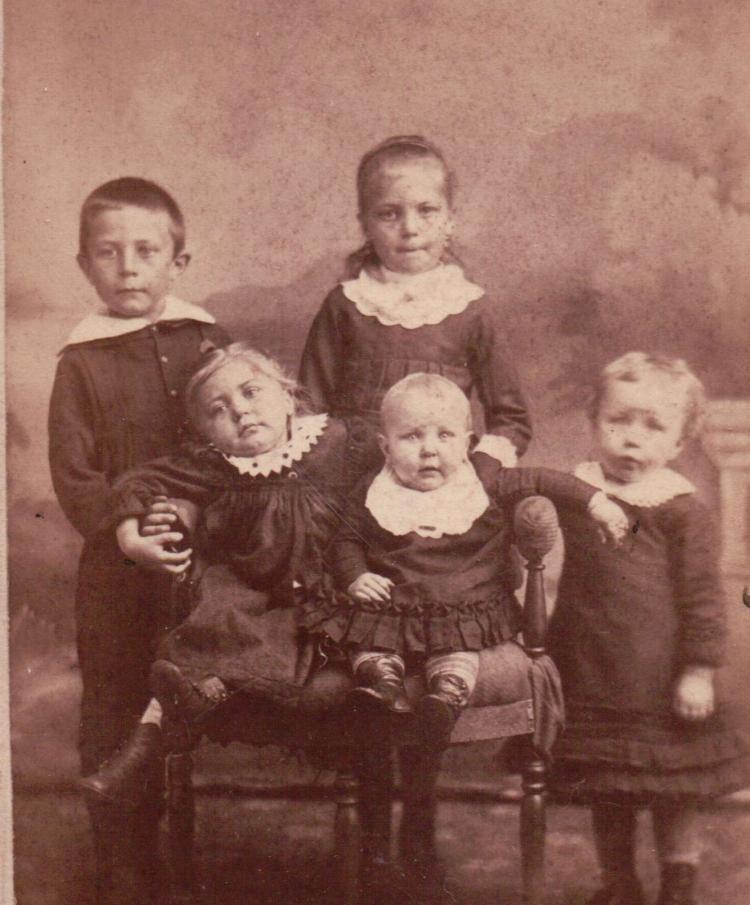 Hayes, Dennis children