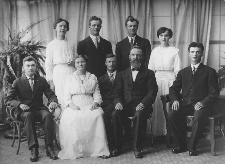 John Roethle Family Portrait